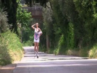 Rollergirl II
