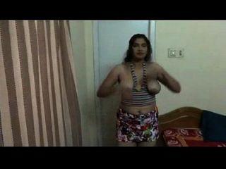 hot telugu aunty nude show
