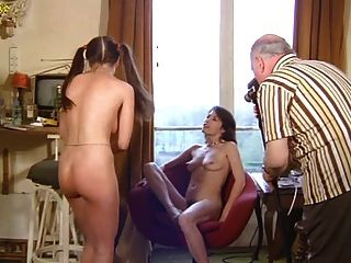 Jullia Perrin - Threesome From Charlotte Mouille Sa Culotte