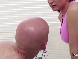 Massage from Sexy MILF ends in Hard Fuck in German Parlour
