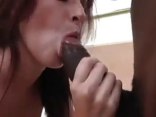 Her only desire was to meet a negro Python